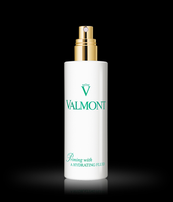 Valmont - Priming with a Hydrating Fluid